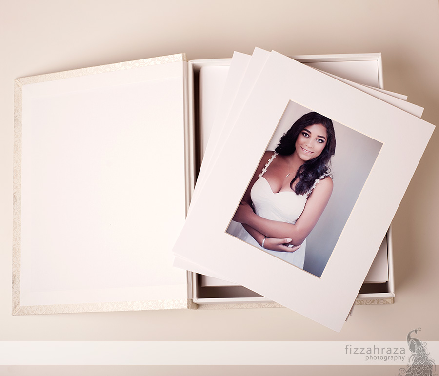 fine art photo box 20 matted prints specialty photography gifts portrait with client gift portrait gift accordion mini album